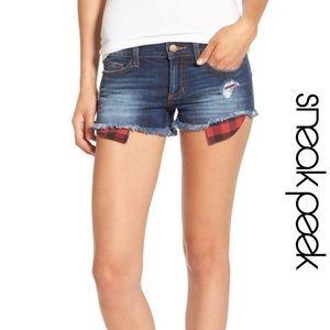 Dark Wash Mid Rise Distressed Shorts Plaid Pockets